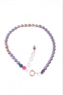 Bracciale Milla, ematite nera e rosé, argento Poteri: protettivo, coraggio Come amuleto: è indossata per il benessere e l'equilibrio,