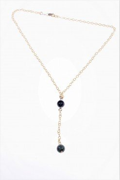Girocollo con pendente, argento oro e lapislazzuli Girocollo catena rolò in argento placcato oro giallo e lapislazzuli, tipo rosario.