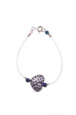 Bracciale cuore argento, acciaio, lapisBracciale cavetto acciaio con cuore in argento anticato, piccole sfere di lapislazzuli, chiusura argento rosa.