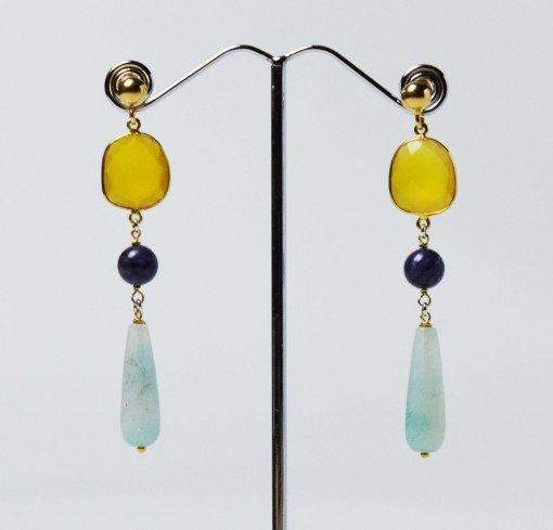 orecchini pendenti colorati, gialli azzurri