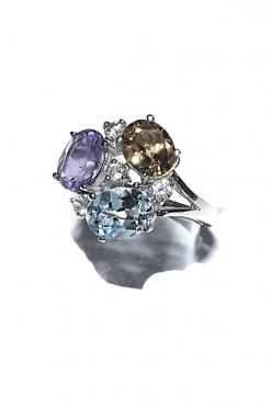 Anello fascia pietre colore argento